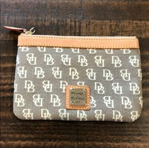 NWOT | Dooney & Bourke Zip Wallet Change Purse